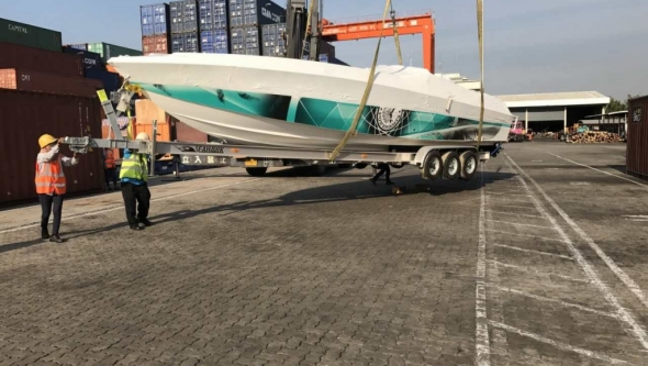 APACHE 36 ARRIVED TO THAILAND | BOAT SHIPPING TO THAILAND